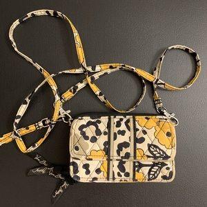 EUC — Vera Bradley cross body wallet purse